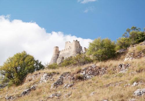 Gita in pullman a Rocca Calascio, Castello di LadyHawke e Santo Stefano di Sessanio